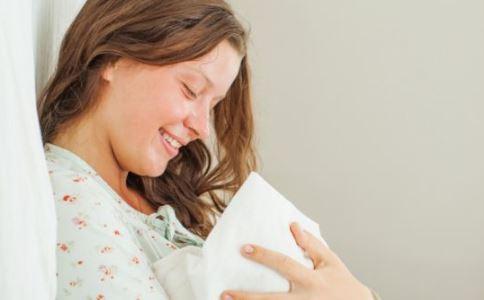 产妇分娩注意事项 分娩时不要闭眼睛