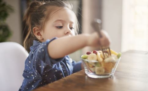 儿童发烧吃什么食物