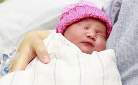 宝宝转奶拉肚子怎么办 宝宝转奶注意事项 宝宝如何正确转奶