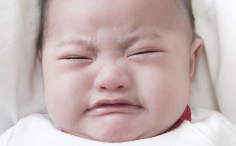 育儿小学问 如何科学给宝宝断奶