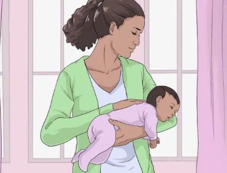 抱新生儿的6种方式